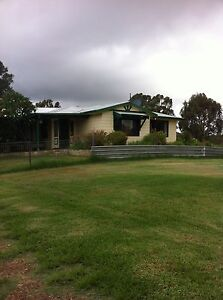 4x2 house on 17 acre in Baldivis for rent Baldivis Rockingham Area Preview