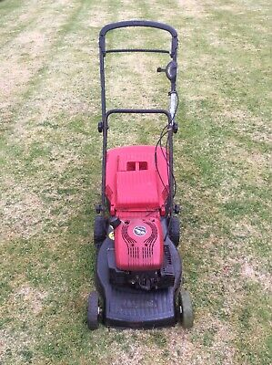 Mountfield RV40 Lawnmower