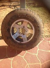 I'm looking to buy 2 tyre rims, as shown in the picture. Charleville Murweh Area Preview