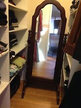 Free standing mirror Horsley Wollongong Area Preview