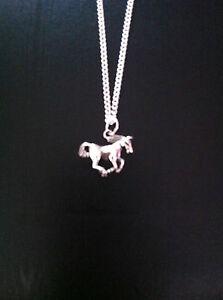 HORSE PONY CHARM NECKLACE 18