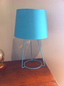 FREE table lamp, working, blue Drouin Baw Baw Area Preview
