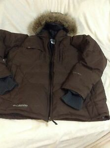 Columbia winter jacket, coat, down and features , XL