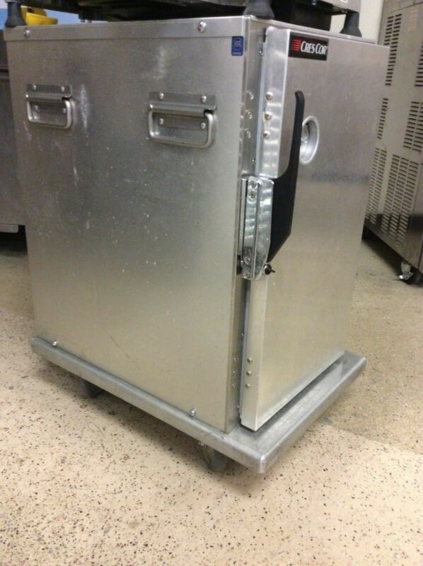 Cres Cor 309-128C Insulated Half-Size Transport Cabinet