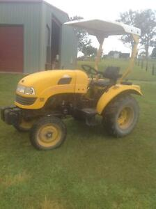 Eastwind Tractor DFM250 in good condition - DIESEL | Farming