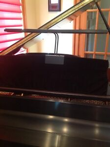 NEW USED ESSEX BY STEINWAY AND SONS BABY GRAND PIANO - MUST GO!