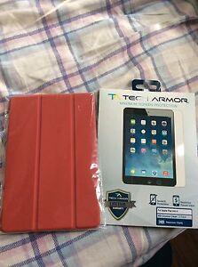 iPad mini 4 - case and screen protector