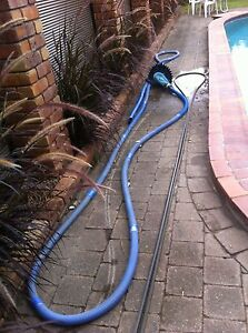 Creepy crawly and hose Mermaid Waters Gold Coast City Preview