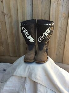 Motorcycle trials boots Eltham Nillumbik Area Preview