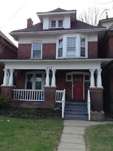 GREAT 2 BEDROOM MAIN FLOOR NEAR GAGE PARK-Balsam Ave. S
