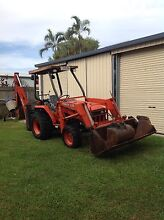 Backhoe Kubota L. 35 - 4wd 2500 hrs very good condition Railway Estate Townsville City Preview