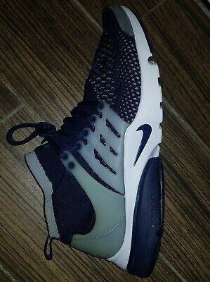 Genuine Nike Air Presto Flyknit Ultra Men's Navy Blue & Whit Trainers Size UK 10