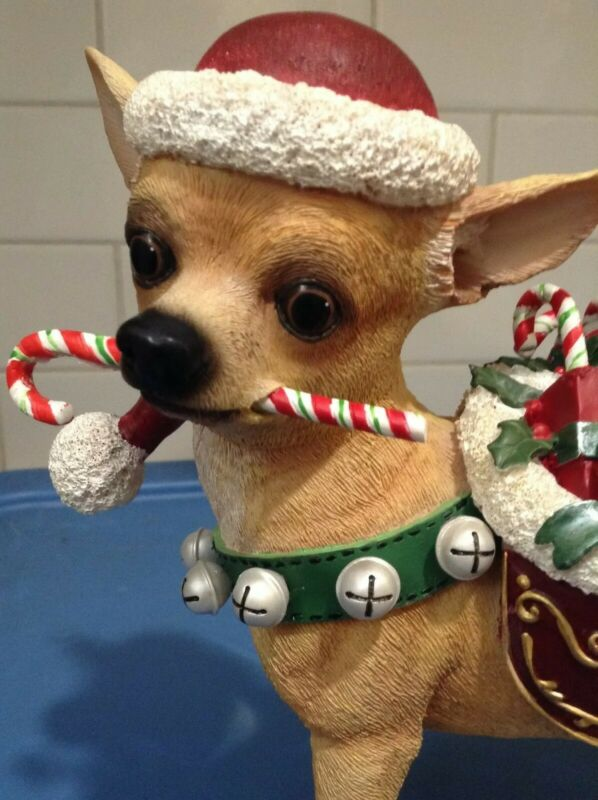 Danbury Mint  -  Christmas Chihuahua