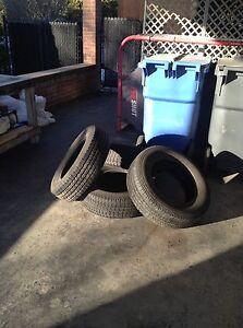 4 Pneus /Tires 215/70R16