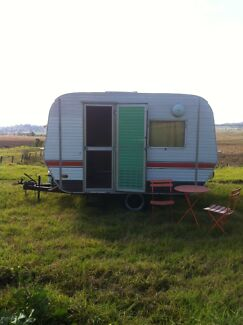 Small Vintage caravan 1970 Oakey Toowoomba Surrounds Preview