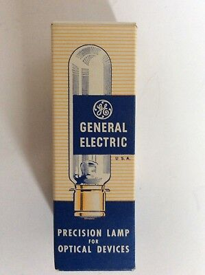 General Electric Cwd 120v 300w Projector Bulb Lamp - New Old Stock Nos