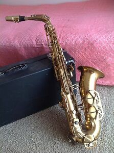 Antique Dolnet Saxophone (alto) Bannockburn Golden Plains Preview