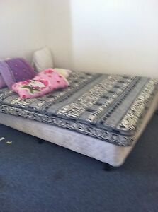 Queen size bed Butler Wanneroo Area Preview