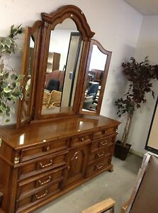 HfH ReStore WEST - long dresser with folding mirror