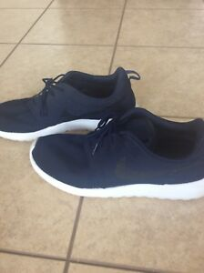 Nike Roshe Navy Shoes