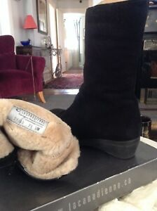 Women's suede boots 9 1/2 W
