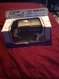 Ertl Ford 1913 model t delivery Die cast