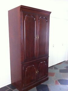 Elegant T.V. Cabinet / Entertainment Unit
