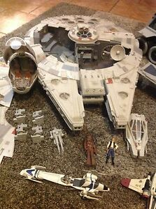 Star Wars Millennium Falcon Legacy version 2008 Huge! Cecil Hills Liverpool Area Preview