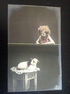 Carte postale fantaisie chat Fillette enfant jeune fille