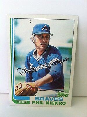 Phil Neikro 1982 topps Baseball Card Atlanta Braves MLB 1982 Topps Mlb Card