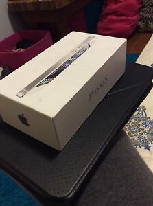 Silver iPhone 5 in box