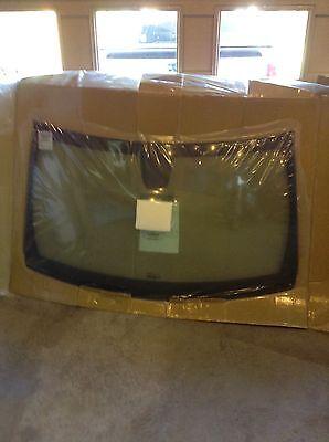 CHRYSLER OEM-Windshield Glass 68213825AB