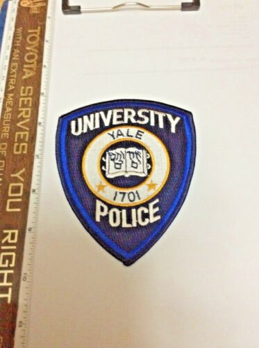 Yale University Connecticut Police Shoulder Patch Official Issue New