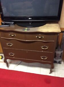 Chest of Drawers/ Buffet