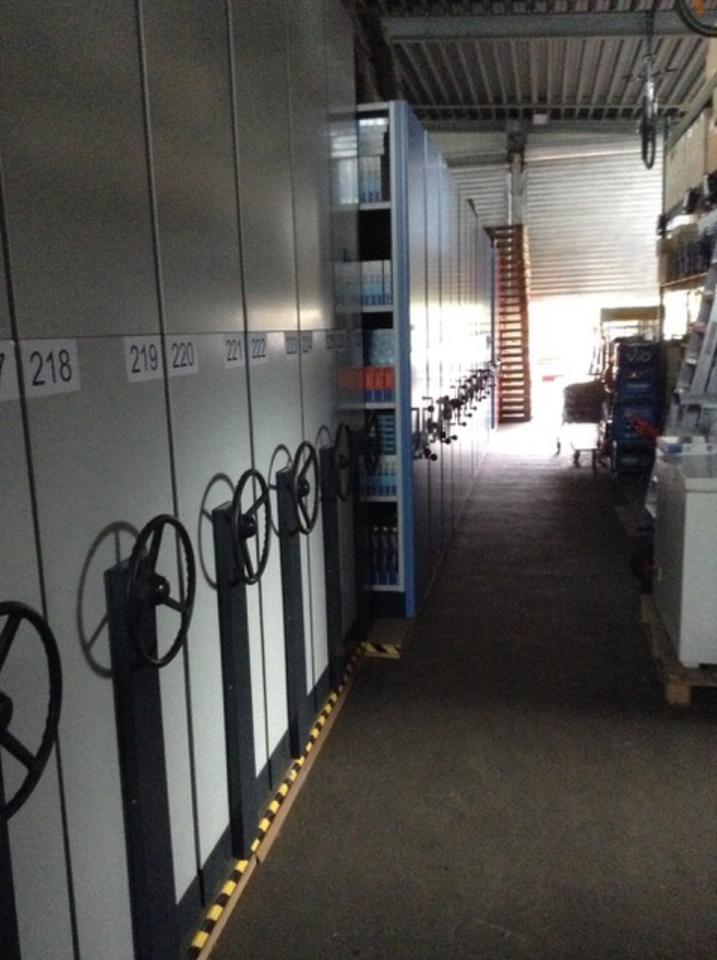 Gewerbehalle Lagerhalle Produktionshalle mit Grube und 3 Rolltore in Bayern - Winkelhaid