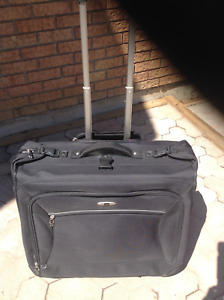 Skyway folding suitcase luggage with wheels and extended handle