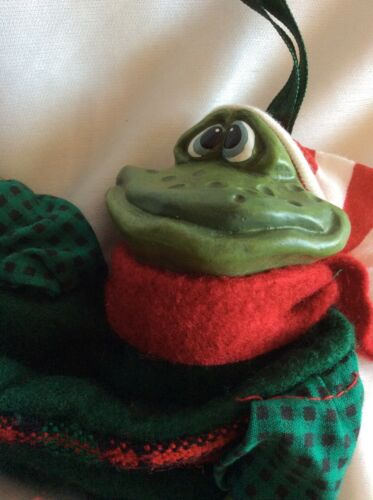 Russ Berrie & Co Froggie Christmas Small Stocking Green Sock Gold Jingle Bell