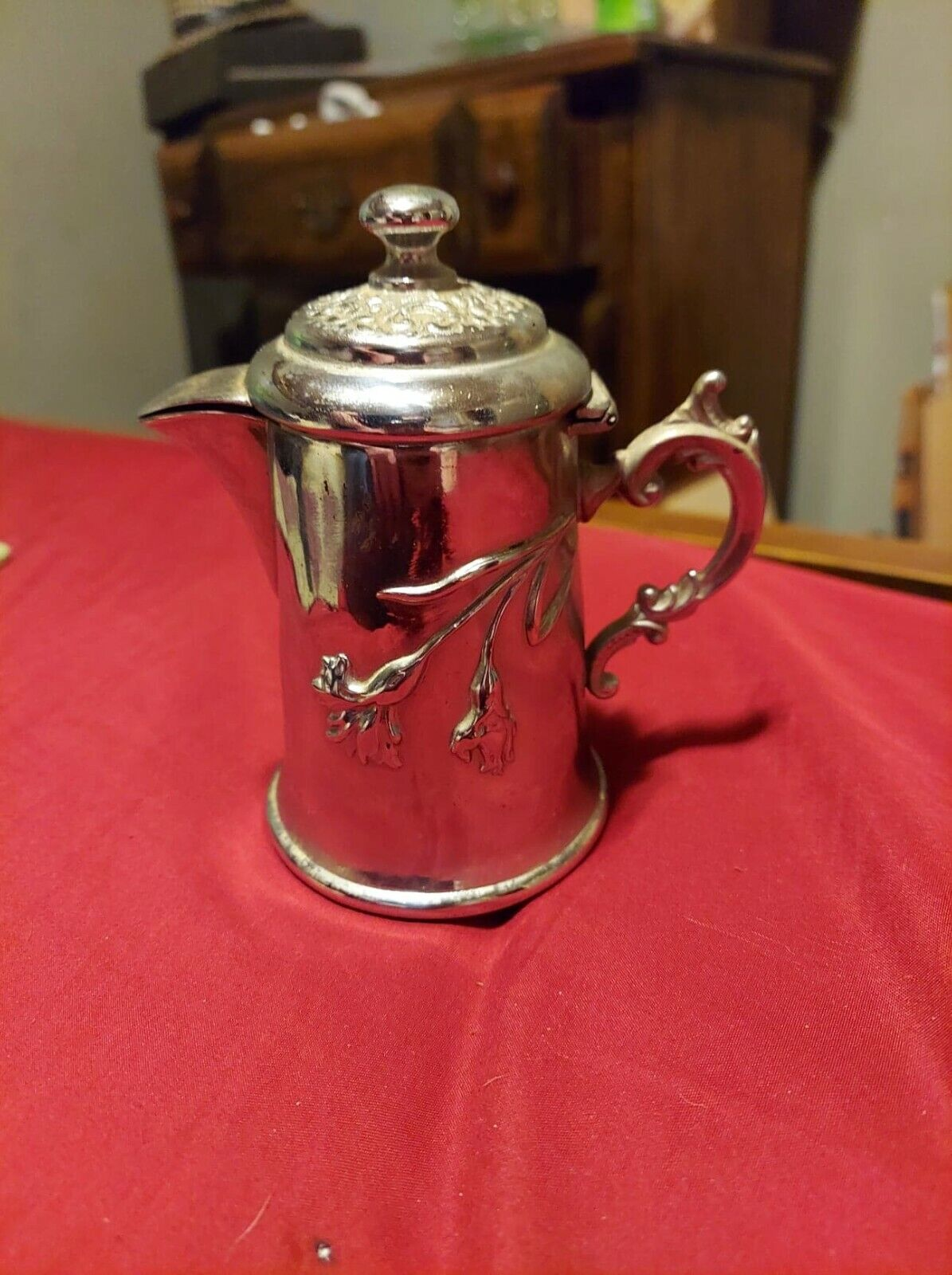 Adelphia Silver Co. Quadruple Plate Tea Pot Circa 1900 - $20.00