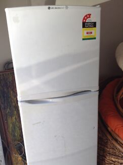 LG electro cool fridge/freezer Ashmore Gold Coast City Preview
