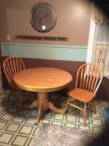For sale kitchen table and chair set.