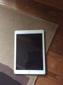 !!BRAND NEW IPAD FOR SALE!!
