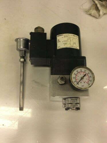 Graco Trabon Meterflo Direct Drive Gear Pump MOTOR 115V, 40W, 493-040-065, Used