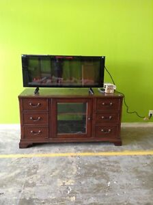 Mint Condition Electric Fireplace at HFH Restore