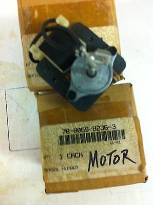 3m Overhead Projector Replacement Fan Motor 78-8065-8236-3 Outer Box Is Old But