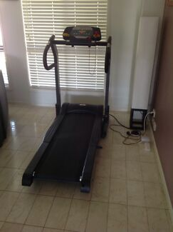 Treadmill 8618 Fitness Benowa Gold Coast City Preview