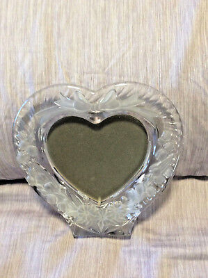STUDIO NOVA LEAD CRYSTAL HEART SHAPED PICTURE FRAME WITH FROSTED FLOWERS