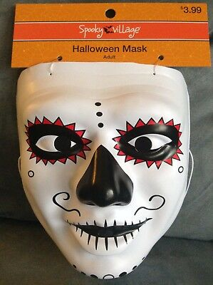 CVS SPOOKY VILLAGE ADULT PLASTIC CREEPY HALLOWEEN MASK - BRAND NEW (Halloween Masks Cvs)