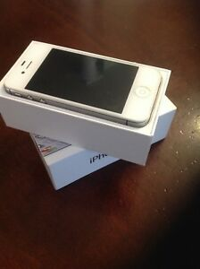 iPhone 4s 64gb. Unlocked
