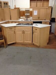 Gently used kitchen at the HFH restore!!