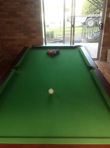9 foot pool table Inverell Inverell Area Preview